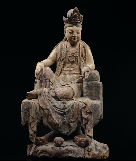 A RARE AND SUPERBLY CARVED POLYCHROME WOOD FIGURE OF GUANYIN