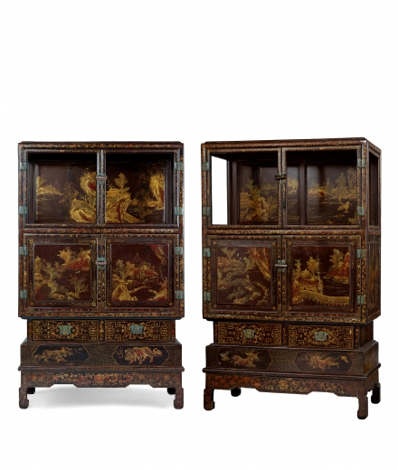A LARGE AND FINE PAIR OF RUSSET-GLAZED GOLD-LACQUERED 'LANDSCAPE' DISPLAY CABINET
